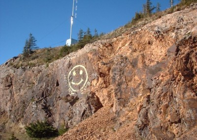 Happy Face on the rocks