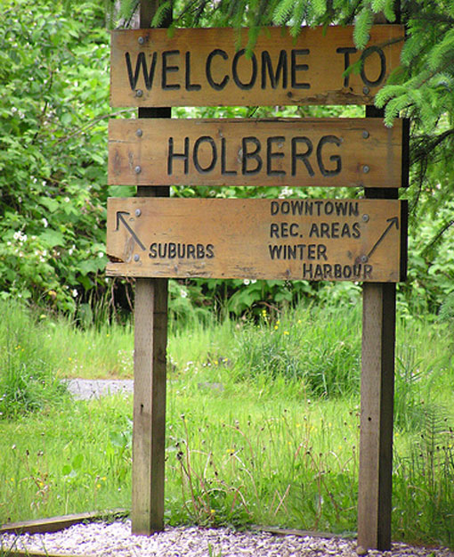 """Official """"Welcome to Holberg"""" Sign"""